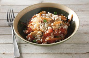 Arroz con mejillones, guisantes, zanahoria y tomate XL