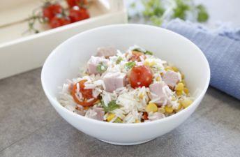 Arroz Basmati con maíz, tomates cherry y jamón cocido