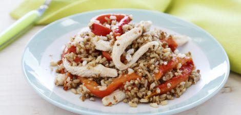 Arroz integral con quinoa, pollo y pimiento asado
