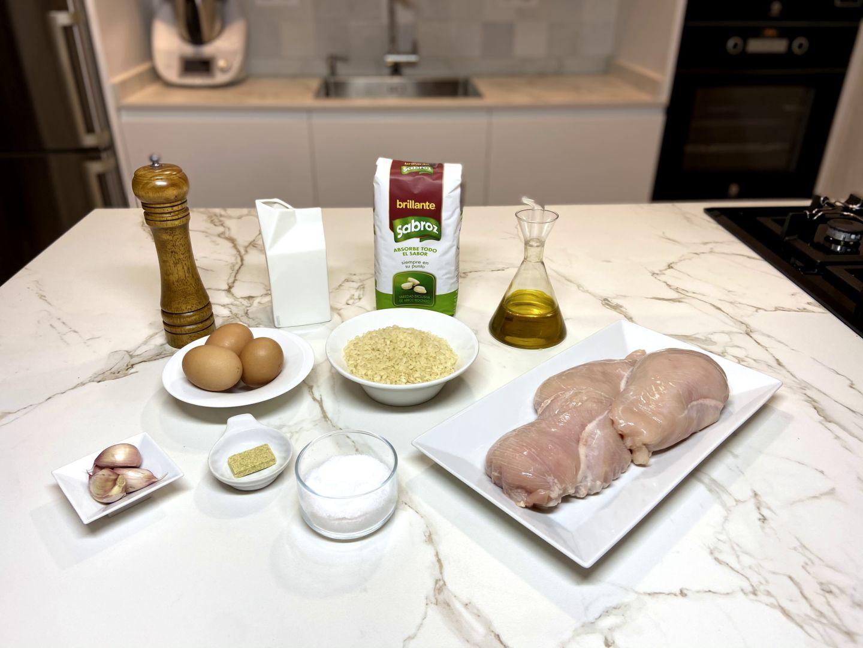 ingredientes para Arroz con pechuga de pollo, nata y tortilla