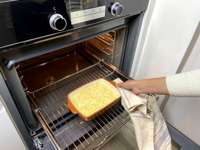 introducimos el arroz con queso en el horno