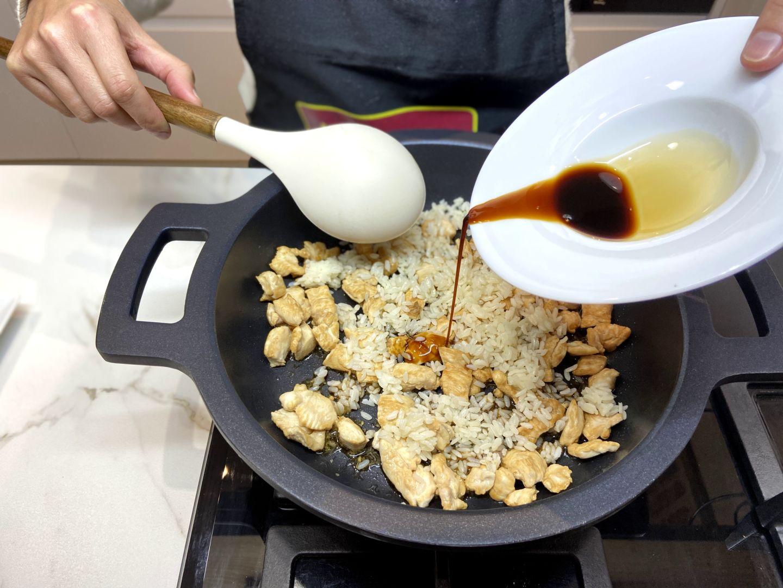 agregamos la salsa de soja