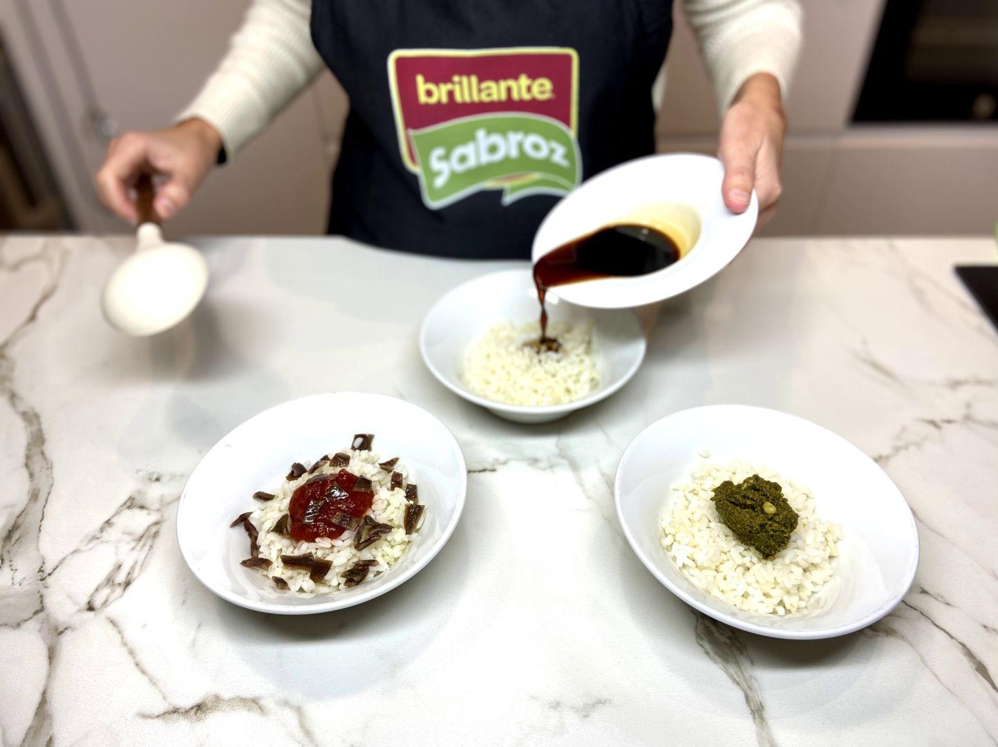 mezclamos el arroz con los distintos ingredientes
