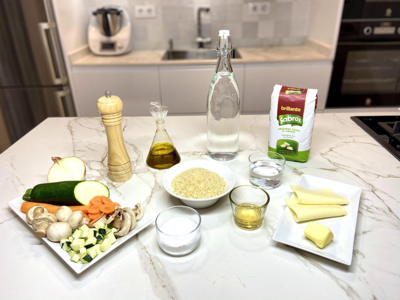 ingredientes para Risotto de champiñón, zanahoria y calabacín