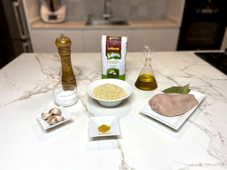 ingredientes para arroz al curry con pollo