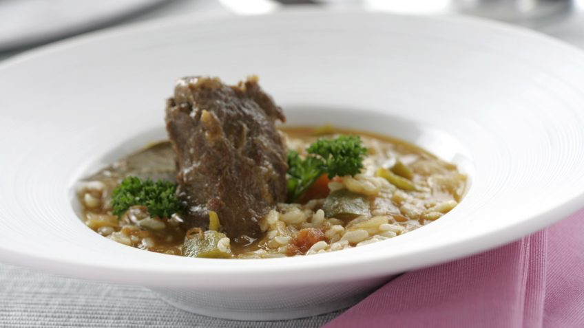 Arroz caldoso con carrillada