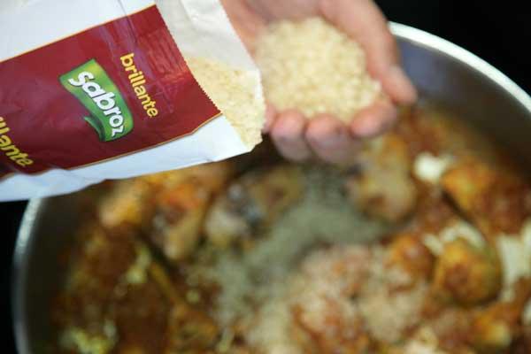 Añadir el arroz Brillante