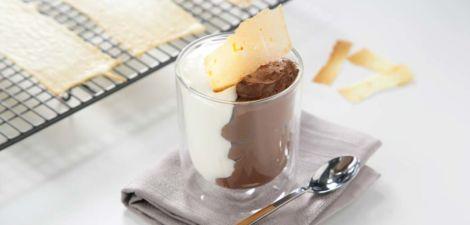Cremoso de mousse de chocolate y arroz con leche