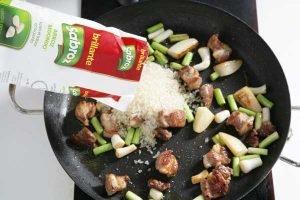 arroz brillante sabroz para paella