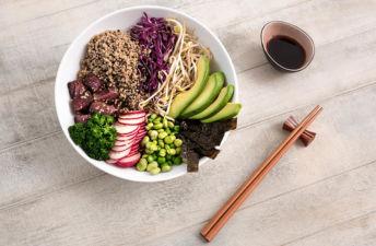 poke-quinoa-atun