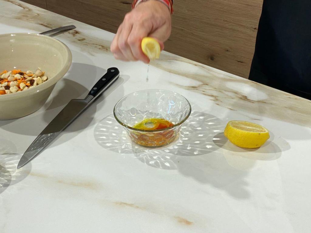 Añadimos zumo de limón