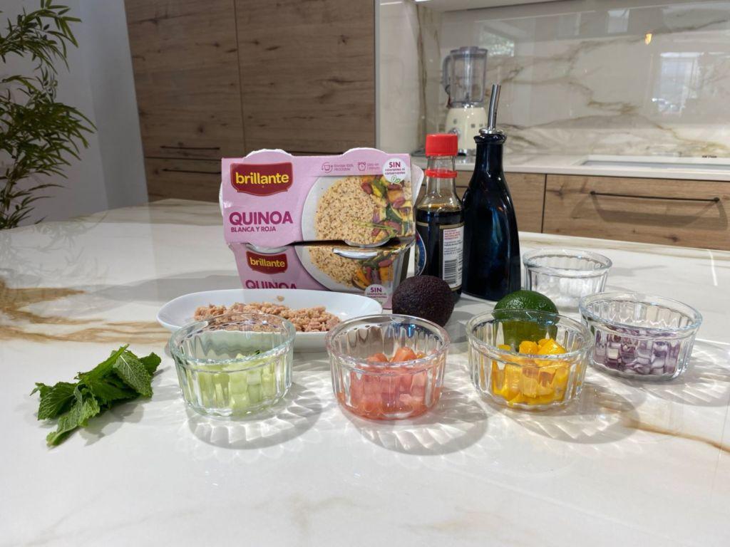 Ingredientes para hacer Ensalada de quinoa con mango, aguacate y atún